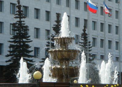 Фонтан у Дома Правительства г. Йошкар-Ола